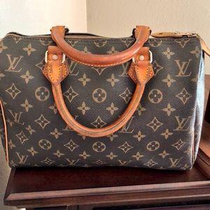 Authentic Louis Vuitton speedy 25 purse